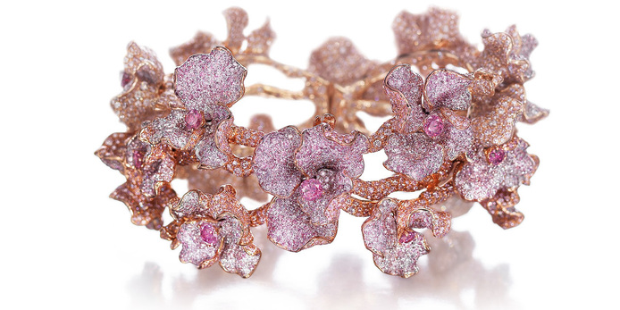 Neha Dani 'Amarante' bracelet 72.83 carats of natural pink diamonds, natural pink diamond melee and 18 fancy vivid, purplish-pink round brilliant diamonds in 18k rose gold setting