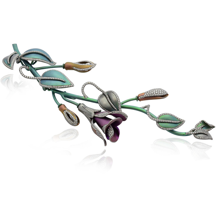 Margherita Burgener brooch in titanium and diamonds