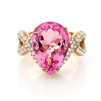 Jochen Leen ring with pear cut morganite, diamonds and 18k rose gold