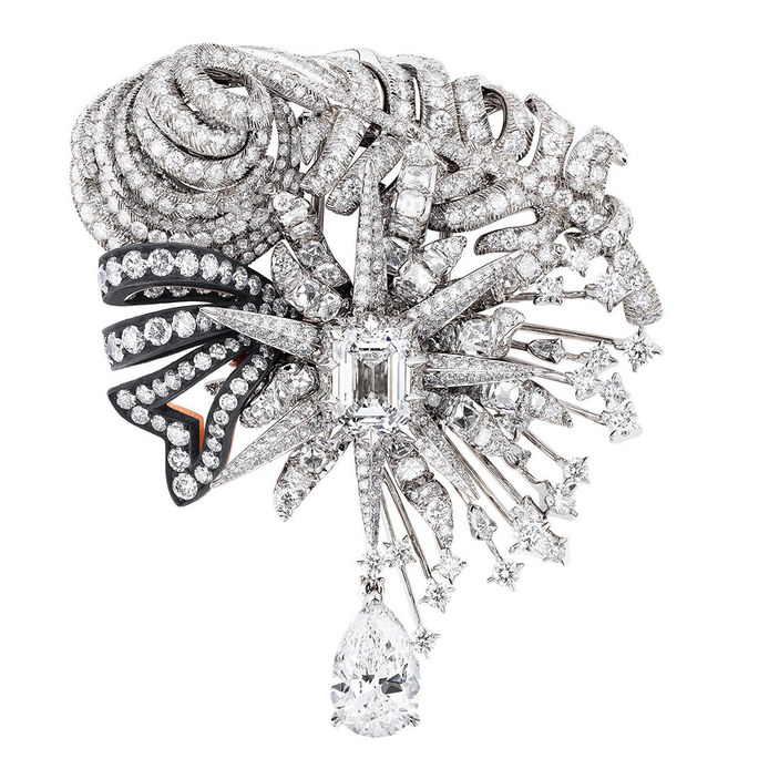 'Salon d'Apollon' brooch from the 'Dior à Versailles' collection with brilliant cut, step cut and pear cut diamonds in 18k white and pink gold and scorched silver