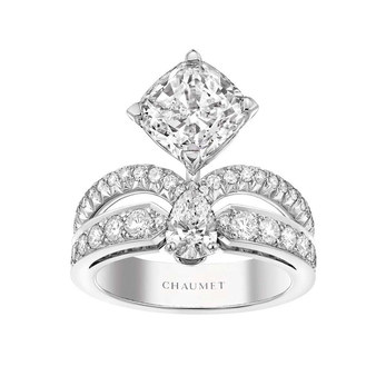'Eclat Floral' ring from the 'Joséphine Aigrette' collection with 3.08ct cushion cut, and 0.40ct brilliant cut and pear cut diamonds in platinum