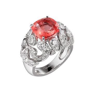 Ring with Padparadscha sapphire and diamonds