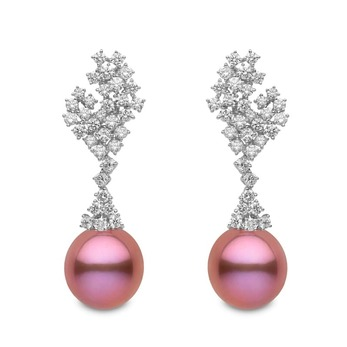 'Blossom' collection earrings with 4.66ct diamonds and freshwater pink pearl in 18k white gold