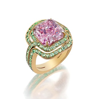 'Infinitas' ring for Sotheby's Diamonds with a 6.78ct fancy intense pink diamond and pavé-set light green grossular garnet in 18k yellow gold