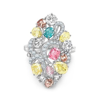 Ring with fancy vivid pink 0.50ct, fancy intense blue-green 0.50ct, fancy intense yellow 0.52ct and colourless diamonds in platinum