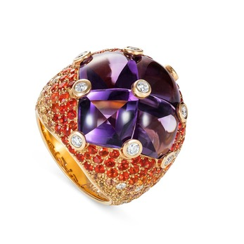 Ring with buff top amethyst, orange sapphires and diamonds in 18k yellow gold