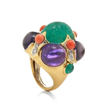 'Turban' ring with carved emerald, amethyst, coral and diamond in 18k yellow gold