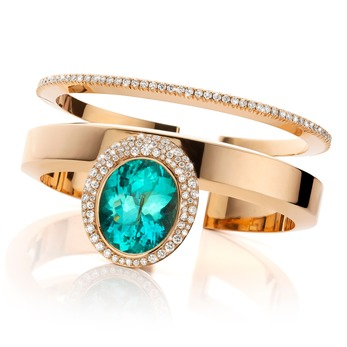 Rings with Paraiba tourmaline and diamonds in 18k yellow gold