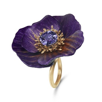 'Anémone Meron Bordeaux' ring from the 'Eternal Flowers' collection with 5.99ct violet sapphire, yellow and  blue sapphire in 18k yellow gold
